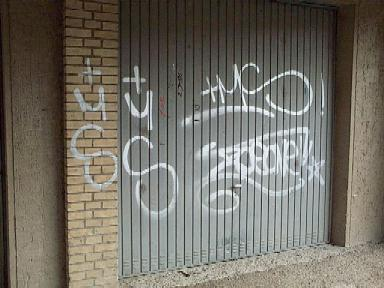 Garage entfernen boden auf fliesen auftragen entfernen with garage entfernen dapetz drahtbrste - Rost auf fliesen ...
